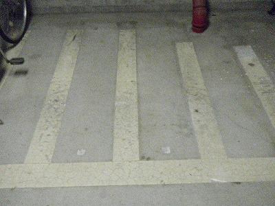 駐車場ライン撤去前写真