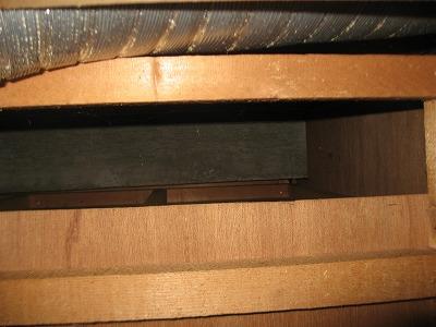 天井裏漏水調査